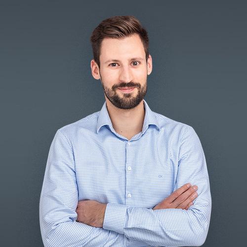 Gyula Lencsés, CFA